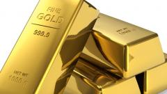 Gold rallies Rs 143 on rupee depreciation