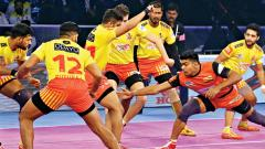 Bengaluru beat Gujarat to enter finals