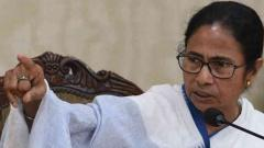 Mamata accuses Modi govt of stealing country's reserves to fund BJP