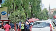 Residents, shopkeepers protest against no-parking rule