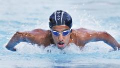 Atharv Pai of Vibgyor High School, Balewadi, in action during Boy's 200m Individual Medley event in which he won gold medal in Sakal Schoolympics swimming competition