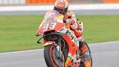 Marquez crashes but to start fourth on the grid