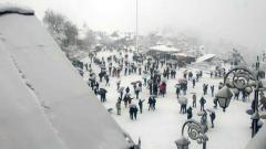 Sub zero temperatures at many places in Himachal, 900 roads blocked