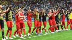 Belgium players greet the fans after the Russia 2018 World Cup quarter-final football match between Brazil and Belgium at the Kazan Arena in Kazan on July 6, 2018. Jewel Samad/AFP