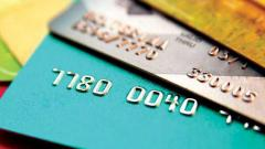 Pune: Customers complain about card payment surcharge from shopkeepers