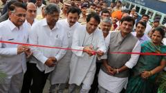 Prabhu inaugurates passenger amenities at Kolhapur rly stn