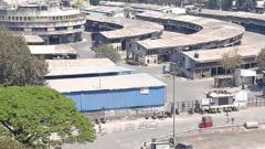 Market Yard reopens with minimum supply