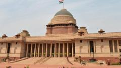 Army jawan at Rashtrapati Bhavan hangs self