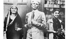 Dina Wadia (R) at an undisclosed location with her father Mohammad Ali Jinnah (C), the founder of Pakistan, and aunt Fatima Jinnah.