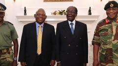Robert Mugabe meets generals, refuses to stand down