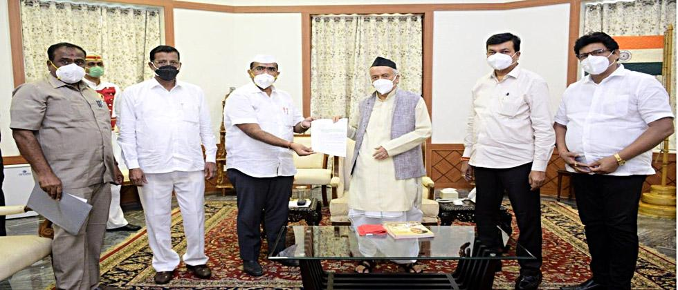 Mathadi's question Narendra Patil's run to the Governor; Statement given with the delegation