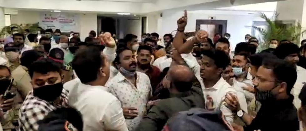 ncp and bjp workers creates ruckus in bhama askhed scheme program
