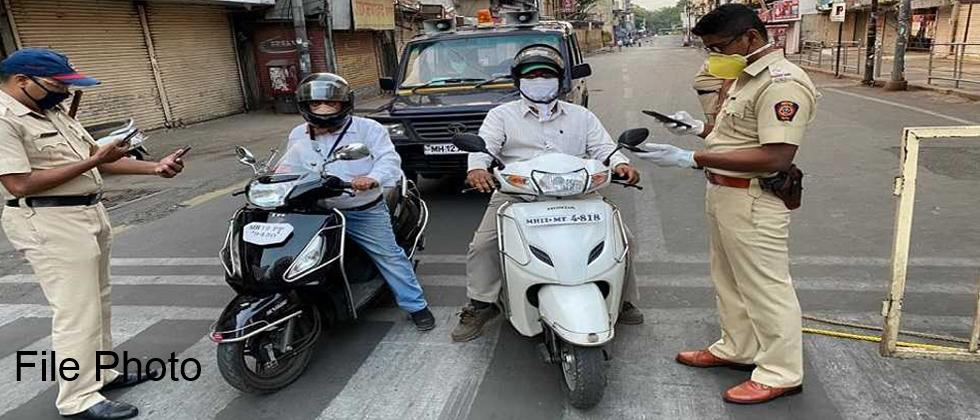 Baramati People Unhappy over Traffic Police Checking