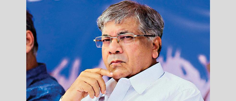Prakash Ambedkar Opposes Further Lock Down in State