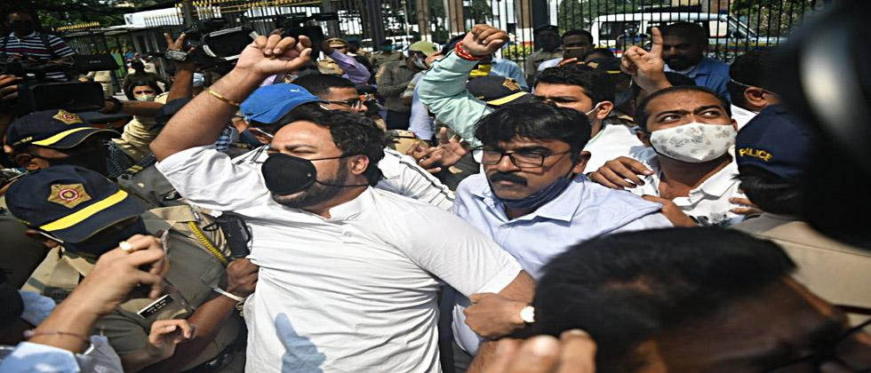 Repression of journalists by the government; BJP yuvamorcha's march on Mantralaya
