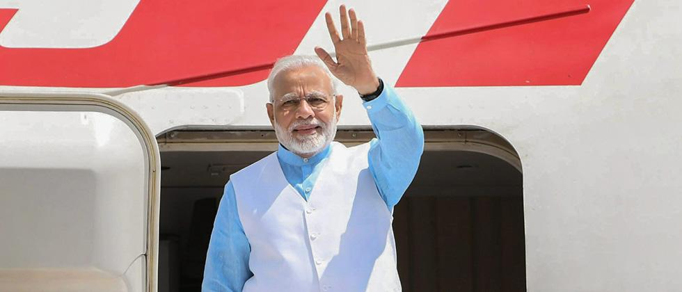 prime minister narendra modis foreign travels cost government 517 crore
