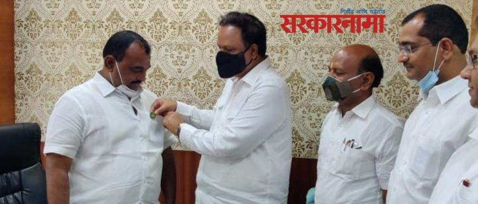 Newly elected MLA Samadhan Avtade was sworn in as an Assembly member