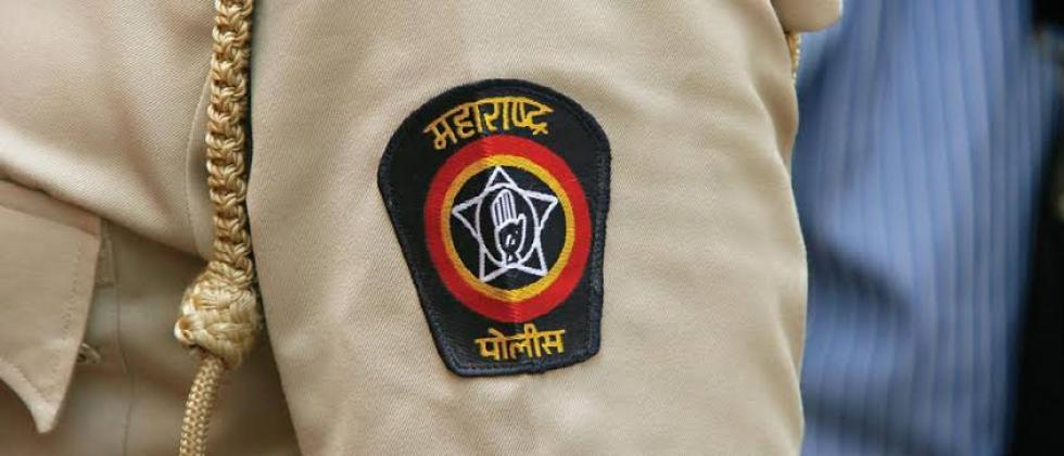 youth attacked on police in Pimpri