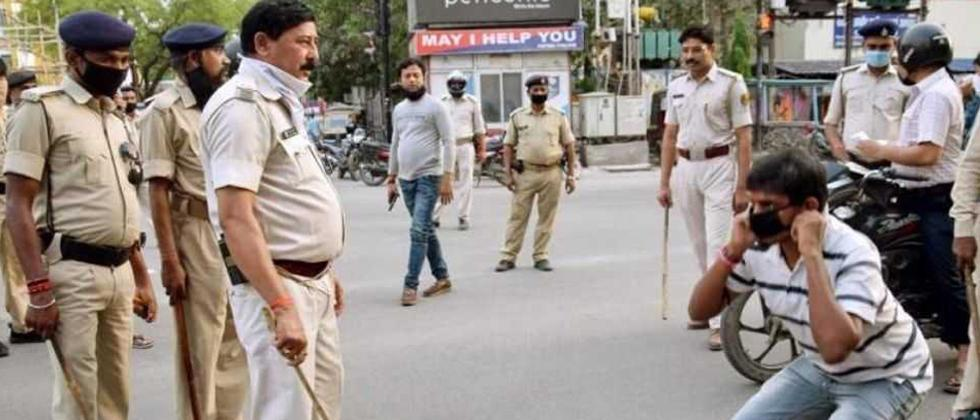 Pune Police Gives Challenge To Those Who Want to Come on Road In Lock Down