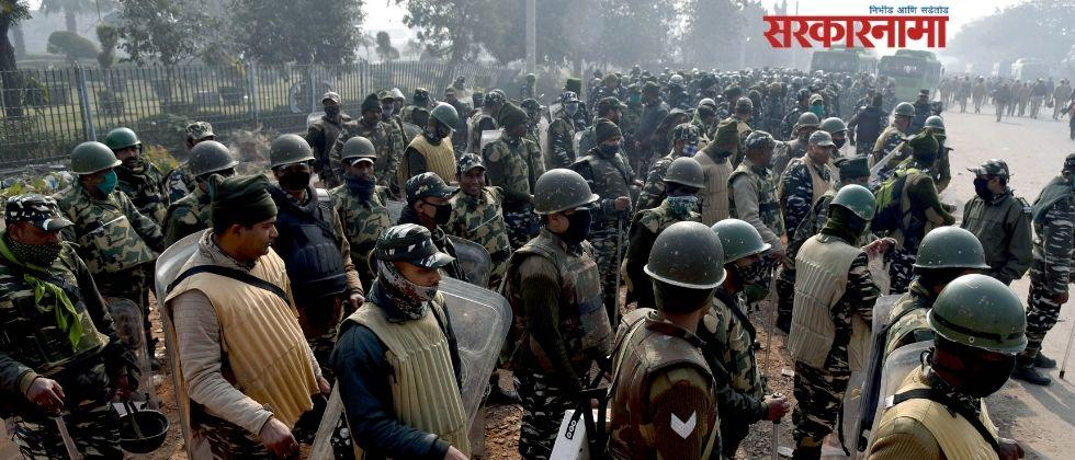 at singhu border some persons pelted stones at farmers and vandalised tents