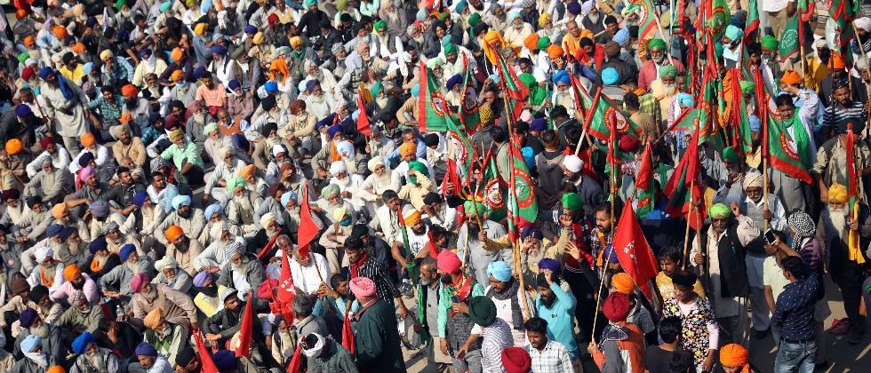 farmer protesters will not allow any political parties in agitation
