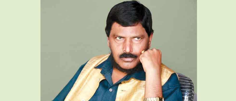 republican leader ramdas athwale warns government over reservation issue