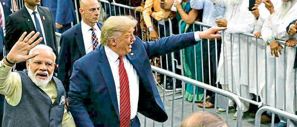 imposition of lockdown in country was delayed due to namaste trump event said opposition