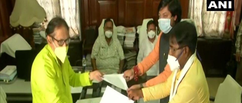 two bjp mlas from west bengal resign from assembly seats