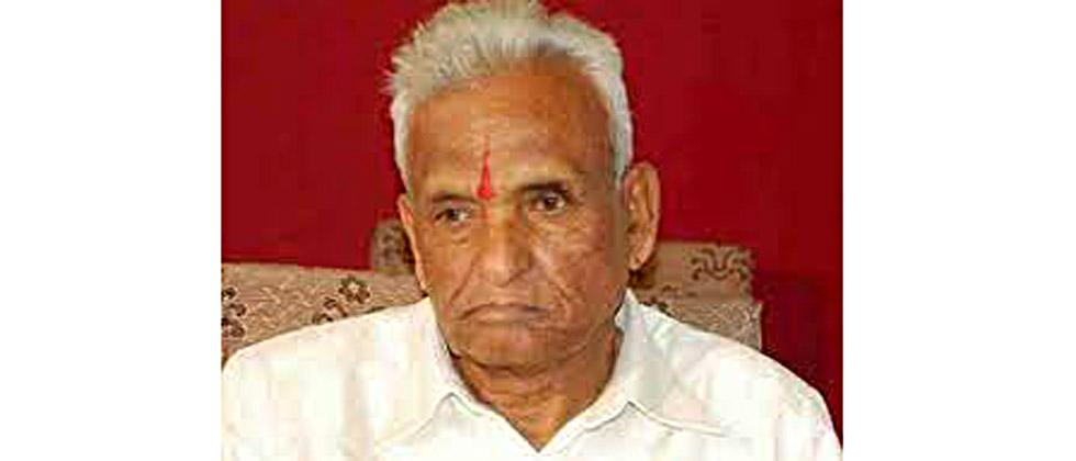 The departure of Ganapatrao Abba is a big shock to the Mohite-Patil family ...ub73