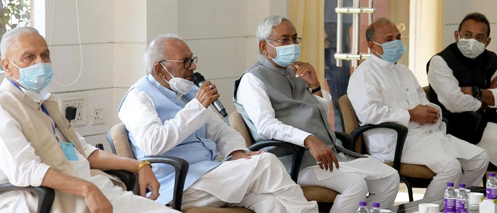 nitish kumar and nda leaders staked formal claim of government formation