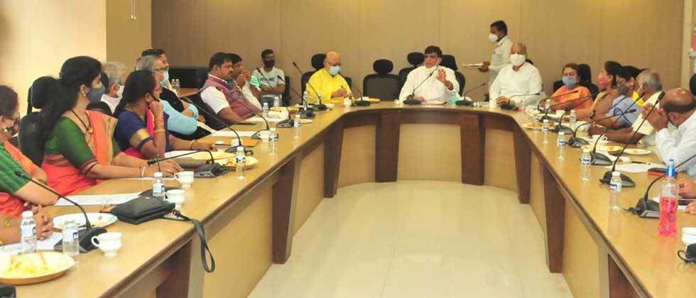 Now there are no differences, but increase the Congress: Leaders call in Pune meeting
