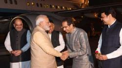 chief minister and governor will not receive prime minister modi at pune airport