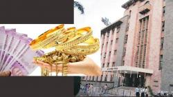 Pune Corporation Supervisor Caught with Cash and Gold