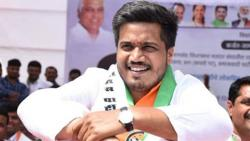 MLA Rohit Pawar Initiated Food Supply to MPSC Students