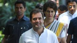 rahul gandhi and priyanka gandhi are in touch with sachin pilot says sources