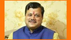 Are Fadnavis frustrated or not? This answer given by Praveen Darekar ...