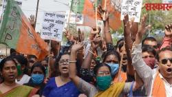 bjp supporters pelted stone at party office in kolkata