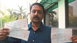 Cheques fount at Thane Corporation Gate