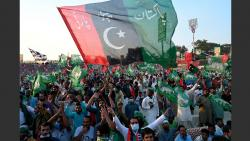 police and paramilitary face off in pakistan amid political crisis in country