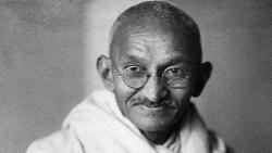 spectacles worn by mahatma gandhi set auction record in britain