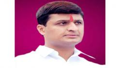 The split in the Congress over going to the Krishna factory with Avinash Mohite