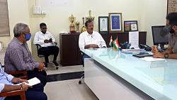 MP Udyanraje Bhosale Meeting With Collector Shekhar singh