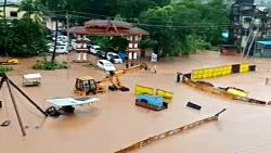 Torrential rain to Chiplun; Two flood victims, communication system jammed