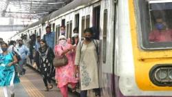 Mumbai Local service will start from Independence day