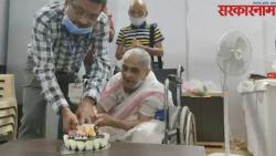 hundred years old parvati khedkar takes covid 19 vaccine jab