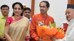 CM absent for meeting conveyed by governoa but narvekar was leading delegation