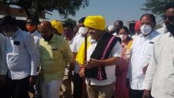 Discussion of MLA Sanjay Jagtap's attire in Purandar taluka