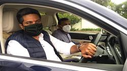 Sitting in Rohit Pawar's car, Deshmukh made the view of MLA ...!