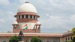 supreme court slams maharashtra government on quarantine police officer
