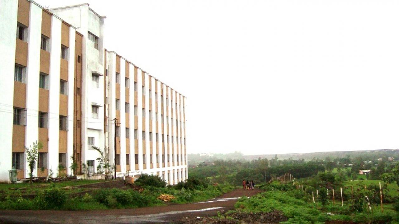 The glory of the students of the innovative college